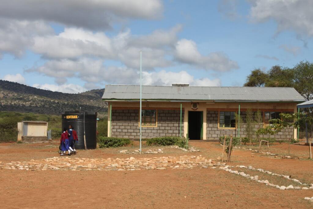 Bildung in Afrika: Während der Corona Krise haben viele Schulen geschlossen.