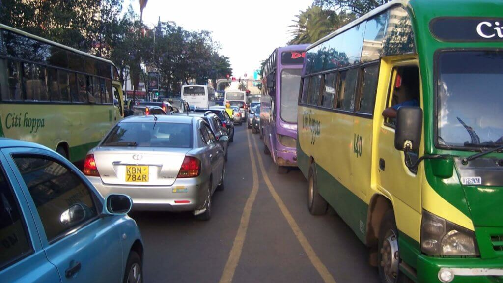 Mit E-Mobilität in Afrika gegen die Luftverschmutzung